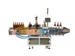 全自動圓瓶貼標機-食品盒貼標機-酒瓶貼標機-鑫宇自動化
